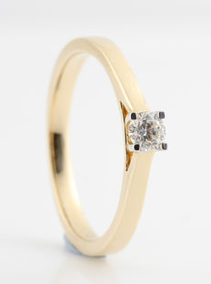 14 kt gold diamond solitaire ring, 0.20 ct. G/VS2 - size 50