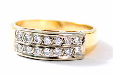 18 kt Yellow gold ring with 14 brilliant cut diamonds 0.28 ct size 17