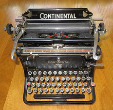 Beautiful typewriter Continental Standard, in good, working order, Germany, late 1930s