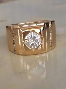 18 kt yellow gold solitaire men's ring for little finger, with diamonds, approx. 1.26 ct - size 16.5 mm