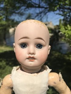 French girl doll, made around 1910, with lovely fixed blown eyes