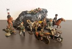 Lineol/Elastolin/NB, Germany - Scale: 1/26-1/36 - Solid WWII Wehrmacht soldiers, 30s