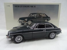 AUTOart Millennium- Scale 1/18 - MGB GT Coupe MK II 1969 - Colour  Racing Green