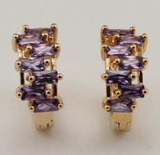 Gold 14 kt. Gold earrings/creole earrings inlaid with amethyst - face of earrings 17 x 7 mm