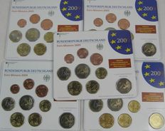 Germany - year packs 2009, A, D, F, G, J, including 2 Euro coin Saarland.