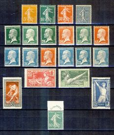 France 1921/1926 – Selection of complete series – Yvert n° 158/161, 170/181, 183/186, 188