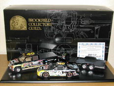 Brookfield - Scale 1/24 - Chevrolet Monte Carlo race car & Crew cab and open trailer 1999