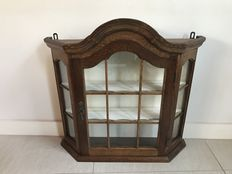 Oak Frieze silver cabinet