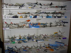 Collection of about 140 aircraft on scale, civil aviation, cargo, Sabena, KLM, Sobelair, etc. ...
