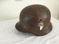 German helmet M-40 WW2.  Decal. Wehrmacht inner ring