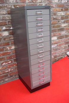 Bisley - Industrial metal filing cabinet/chest of drawers