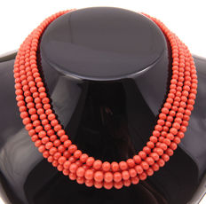 Precious coral necklace, 4 strands, with a silver clasp