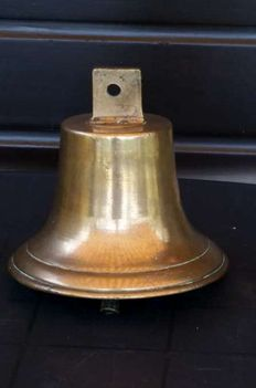 Large old ship's bell with original  clapper - clear sound.