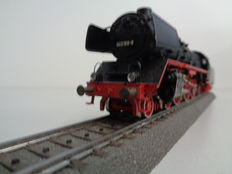 Märklin H0 - 3085 - Steam loc with tender BR 003 of DB