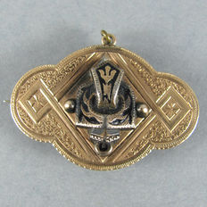 Estate Antique gold plated brass Fraternity / Sorority pin / badge / pendant - Filigree with niello accents