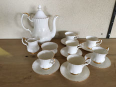 Royal Albert theeservies, Val d'or