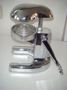 Beautiful juicer - chromed metal
