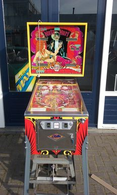 Mata Hari Bally pinball in mint condition