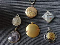 Different photo pendants in silver and gold Art Nouveau 1900