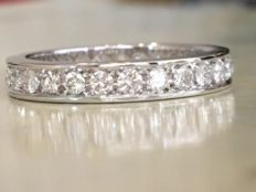 18k white gold women's full eternity ring with approx. 0.96 ct brilliant cut diamonds G/VS/SI - Size 17.25 mm
