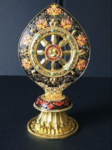 Dharma Wheel in golden cloisonné copper - Nepal - Beginning of 21st century.