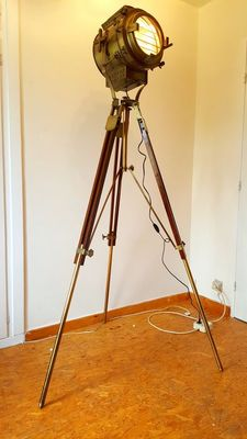 "Giant design lamp on tripod - With ""Shutter"" system - >175 cm!"