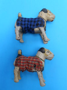 Keim (?), Western Germany - L. 9 cm - Pair of mechanical dogs, 1950s