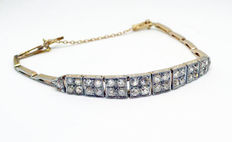 Late Art Deco tennis bracelet in 18 kt gold with approx. 2 ct of diamonds