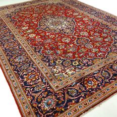 "Kashan – 299 x 198 cm – ""Persian carpet in beautiful condition""."