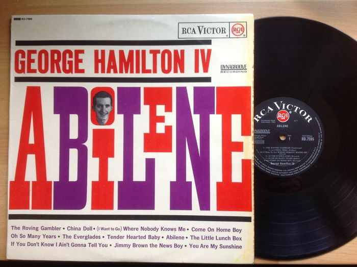 George Hamilton IV    some rare memorabilia.  Signed LP by George, and a personal  letter dated 27-11-1982.