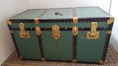 Retro green trunk.
