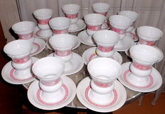 "Vintage porcelain service ""Rüdesheimer Pharisees"" complete for 15 persons, 30-pieces"
