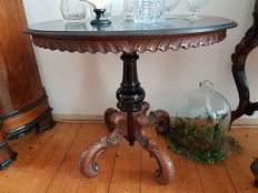 William III carved walnut and blackened wood guéridon table - stamped Gebr. Horrix 's Gravenhage - Netherlands - circa 1870/1880