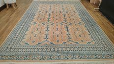 Fabulous Karachi rug, delicately knotted by hand - 261 / 189 cm - Very good condition - BIDS FROM €1!!!