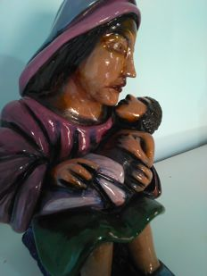 Madonna with Child in artistic terracotta, entirely handmade and painted with glass colours by the artist Antonio Cariola