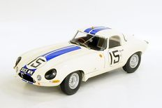 "Paragon - Scale 1/18 -  1963 Jaguar Lightwight E-type #15 - ""Cunningham 5115 WK"""