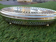 "very large oval plate warmer on rounded feet with two heaters, ""perles"" model, France 1880, Christofle brand"