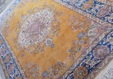Prestigious & Tabriz rug handknotted 300x200 cm Signed by Master's weaver