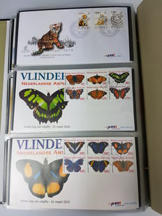 Netherlands Antilles 1957/2010 - Collection ± 600 FDCs in 6 Davo LX albums