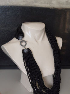 Mourning necklace made of 24 strands of jet/onyx with silver clasp