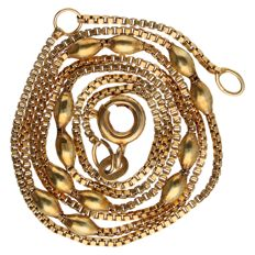 Yellow gold Venetian link necklace, 14 kt - length: 40.3 cm