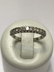 American wedding ring in 18kt gold and 0.45 ct of Top Wesselton diamonds - size 54