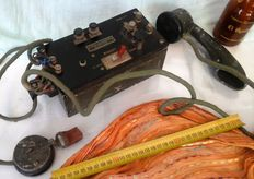 Ancient military telephone Military campaign It has a Morse code function Origin: Portugal Late  20th c.