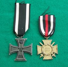 WW1 WO1 Iron Cross EK2 with a Hindenburg Cross with Swords