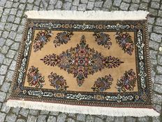 WOOL WITH SILK PERSIAN TABRIZ FIGURAL RUG Hand knotted  95x75 cm