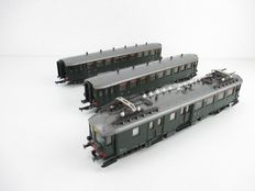 "Roco H0 - 04189S/4219 - ""Blokkendoos"" 2nd class motor car BD9151 of the NS with two carriages"