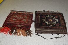 Three single Persian saddlebags (Nomads) Qashqai – early previous century – 40 x 40 cm - 43 x 45 - No reserve, bidding starts at €1