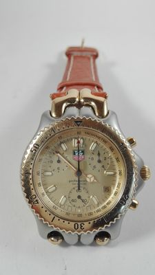 Tag Heuer Chronograph –  Professional 200 Meters Men's Timepiece