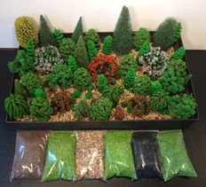 Noch/e.a N - Scenery: 73 Trees and 6 baggies of scatter materials.
