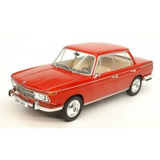 Model Car Group - Schaal 1/18 - BMW 2000 ti - Red